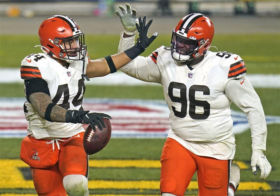 Browns-Steelers-Football-107.jpeg