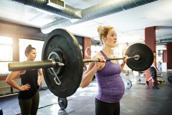Pregnant Weightlifting.jpg