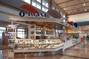 I_vini_airport_front.jpg