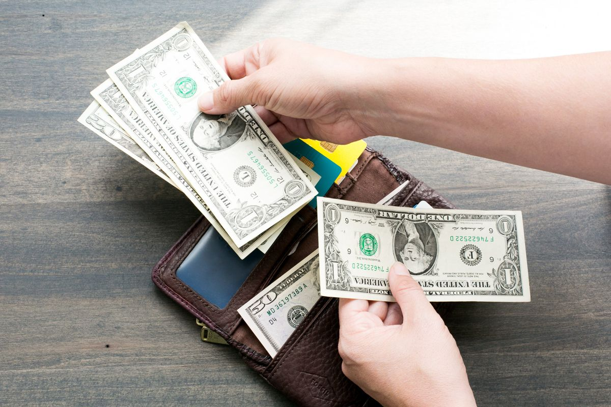 wallet-and-money_4460x4460.jpg