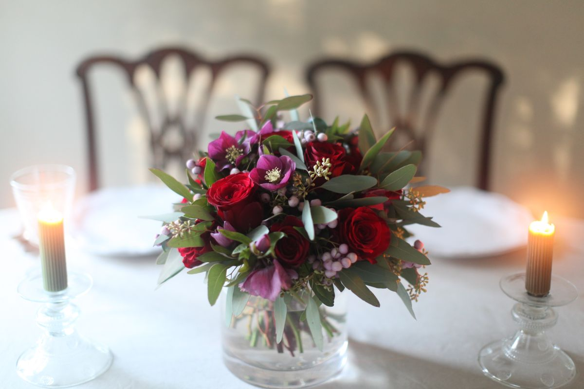rose &  hellebores bouquet
