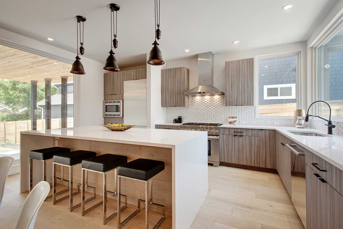 2013-Goodrich-Ave-print-011-8-Family-Kitchen-Dining-106-4200x2807-300dpi.jpg