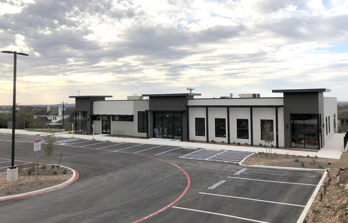 20702-Stone-Oak-Pky-San-Antonio-TX-Primary-Photo-1-HighDefinition.jpg