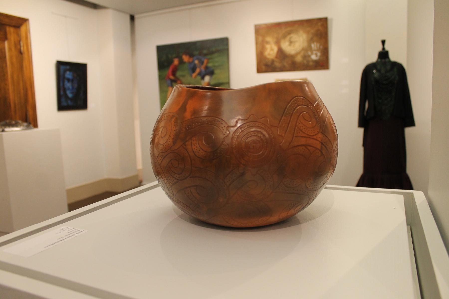 Joanna Underwood-Blackburn_Missisiippian Style_Pottery_$1,200_Chickasaw.JPG