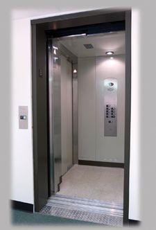 Commercial_Elevator.jpg