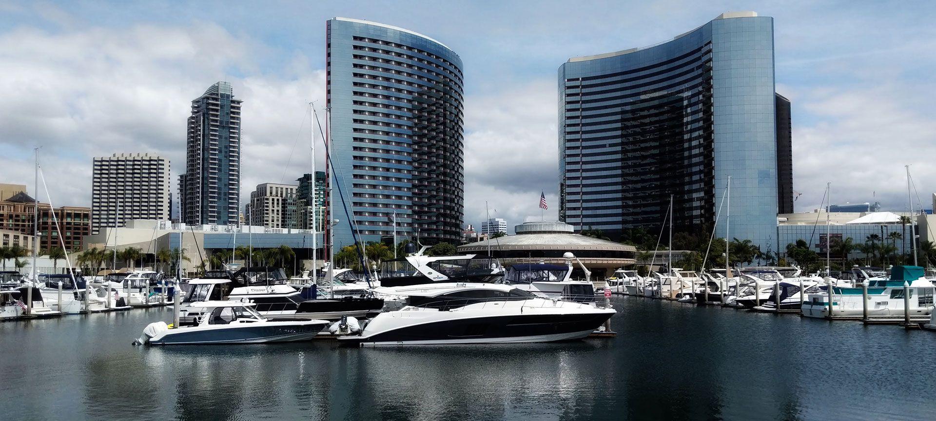 PageTopper-Yachts4Charter.jpg