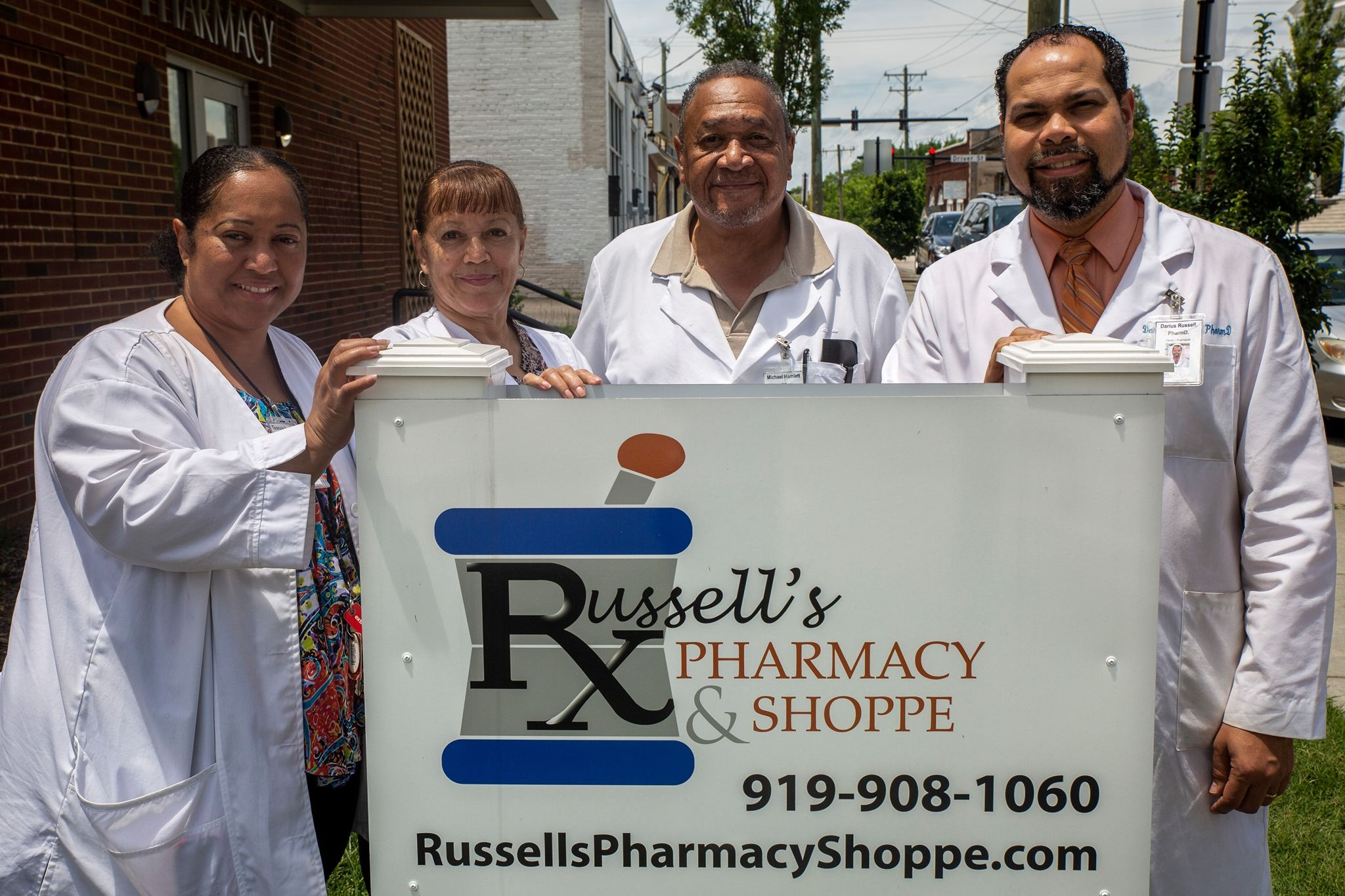 Welcome To Russell's Pharmacy & Shoppe