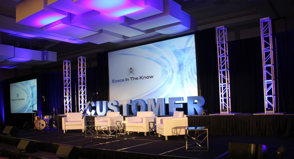 Execs In The Know Summit Stage Design