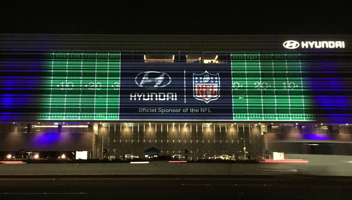 Hyundai Video Mapping (1) copy.jpg