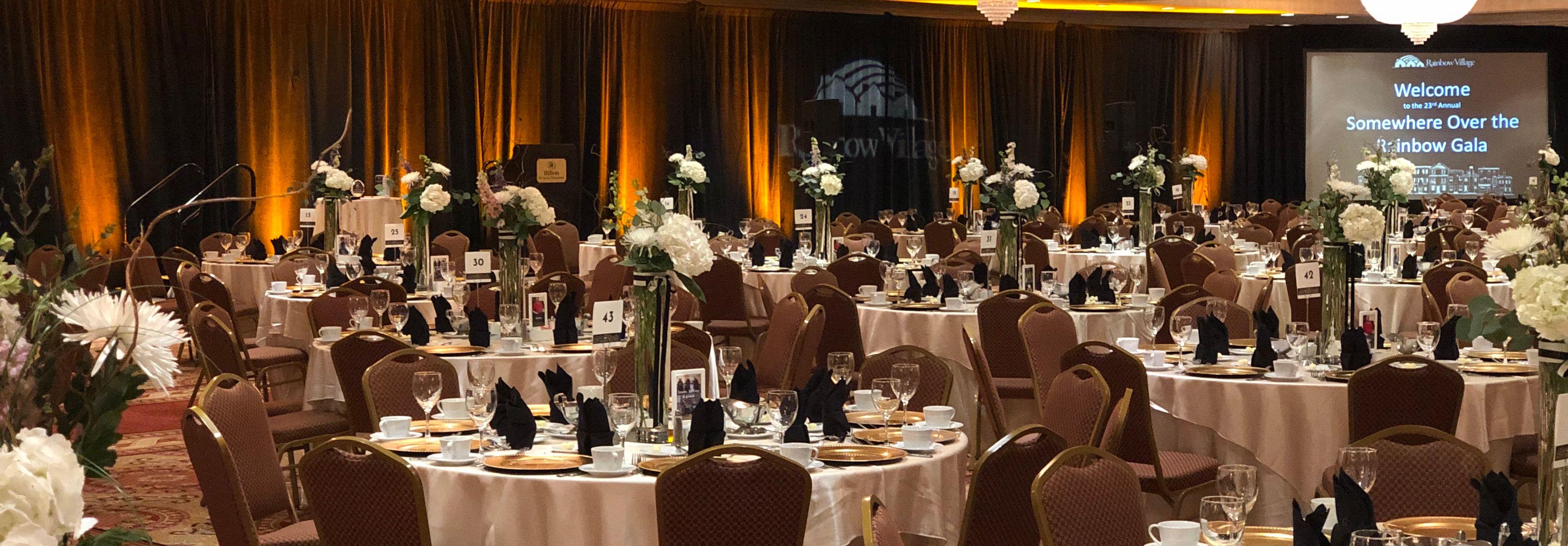 Gala with yellow lighting