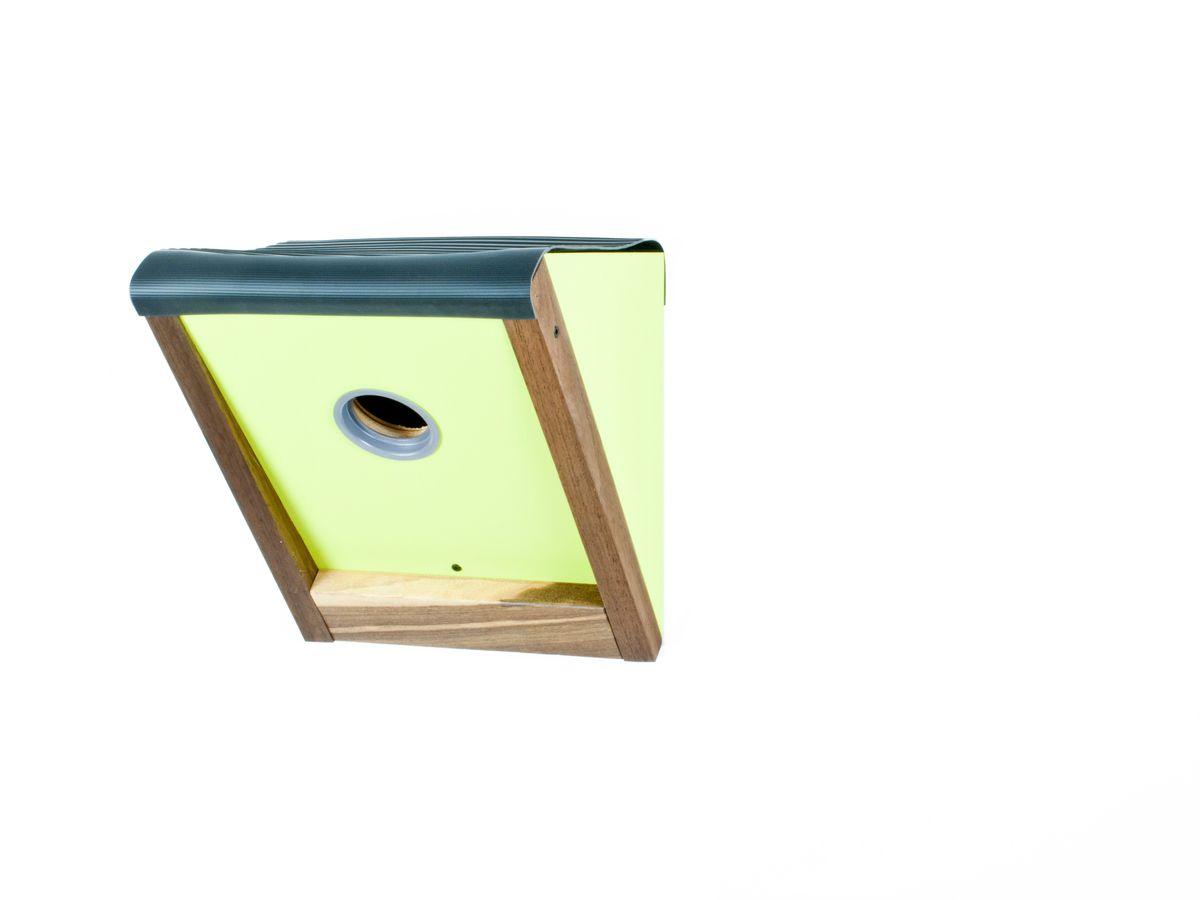 birdhouse2greenlightsmall.jpg
