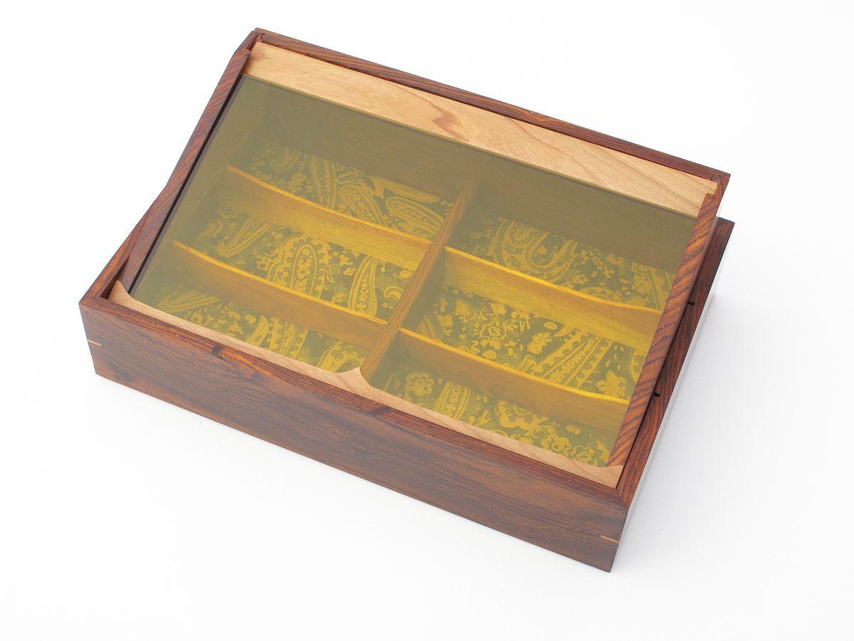 Box-acrylic-1.jpg