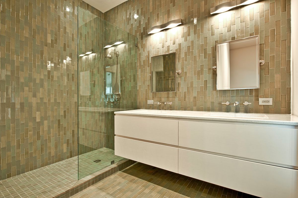 barndominium bathroom