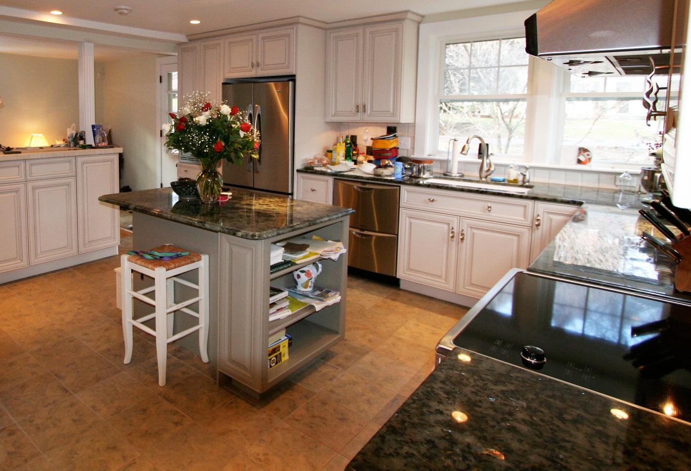 Kitchen cropped.jpg