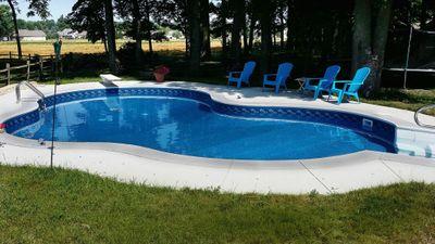 new vinyl swimming pool
