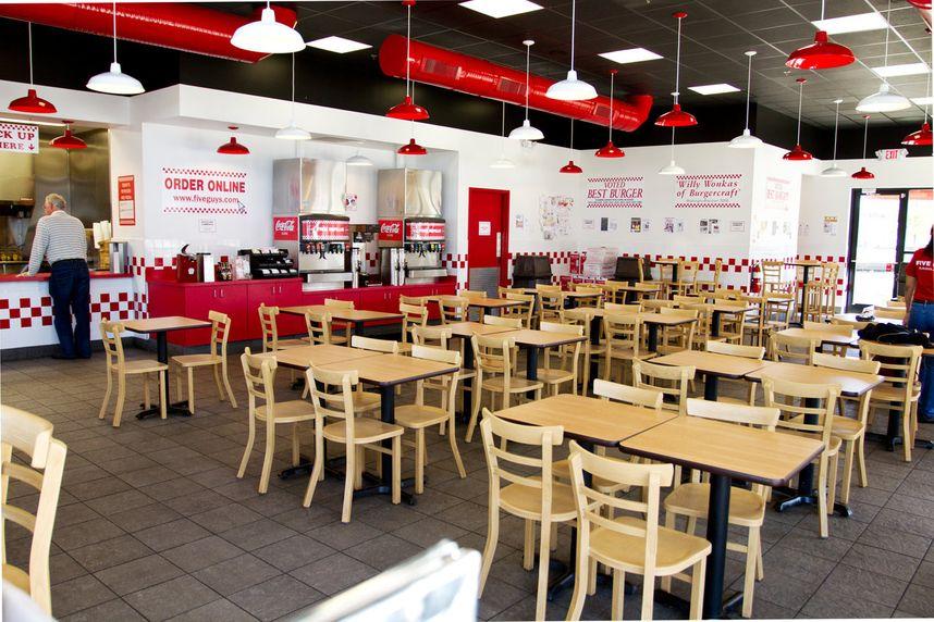 2012-five-guys-interior-flowood-340_3077b3f6-5056-a36a-0bdd87917256ead3.jpg