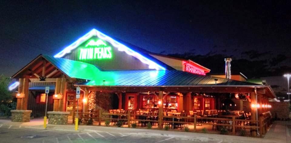 Twin Peaks 02.jpg