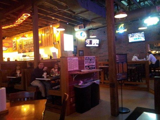 dining-at-bottlecap-alley.jpg