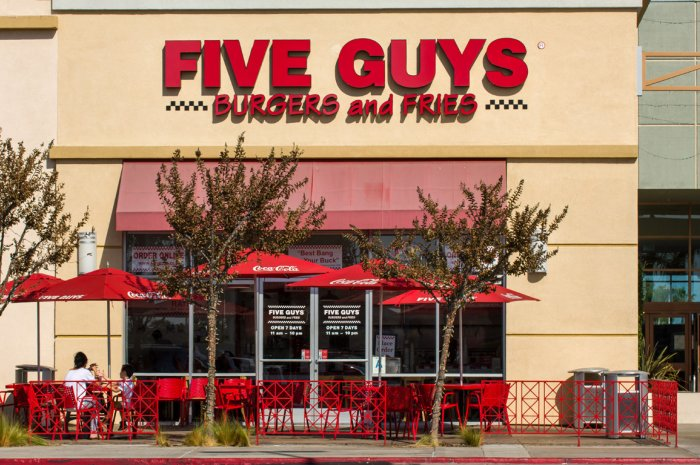 0-Intro-13-five guys-shutterstock_240304903.jpg