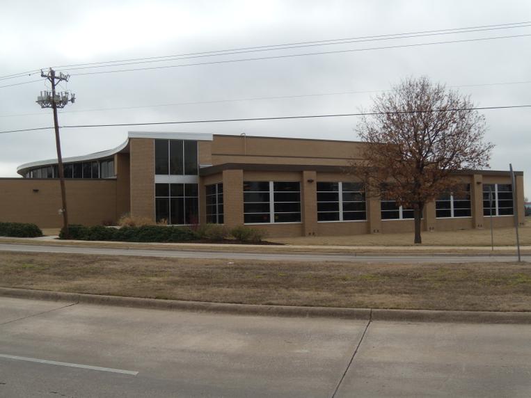 Rosemeade Rec Center.JPG