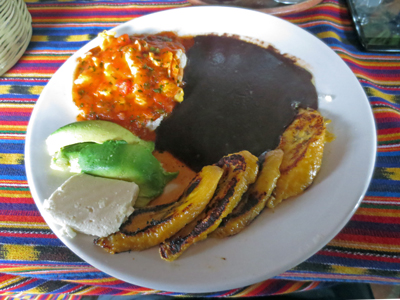 El desayuno tipico - the typical Guatemalan breakfast.jpg