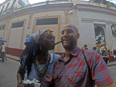 People-to-People-exchange-in-Cuba.jpg