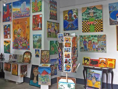 Cuban-art-souvenirs.jpg