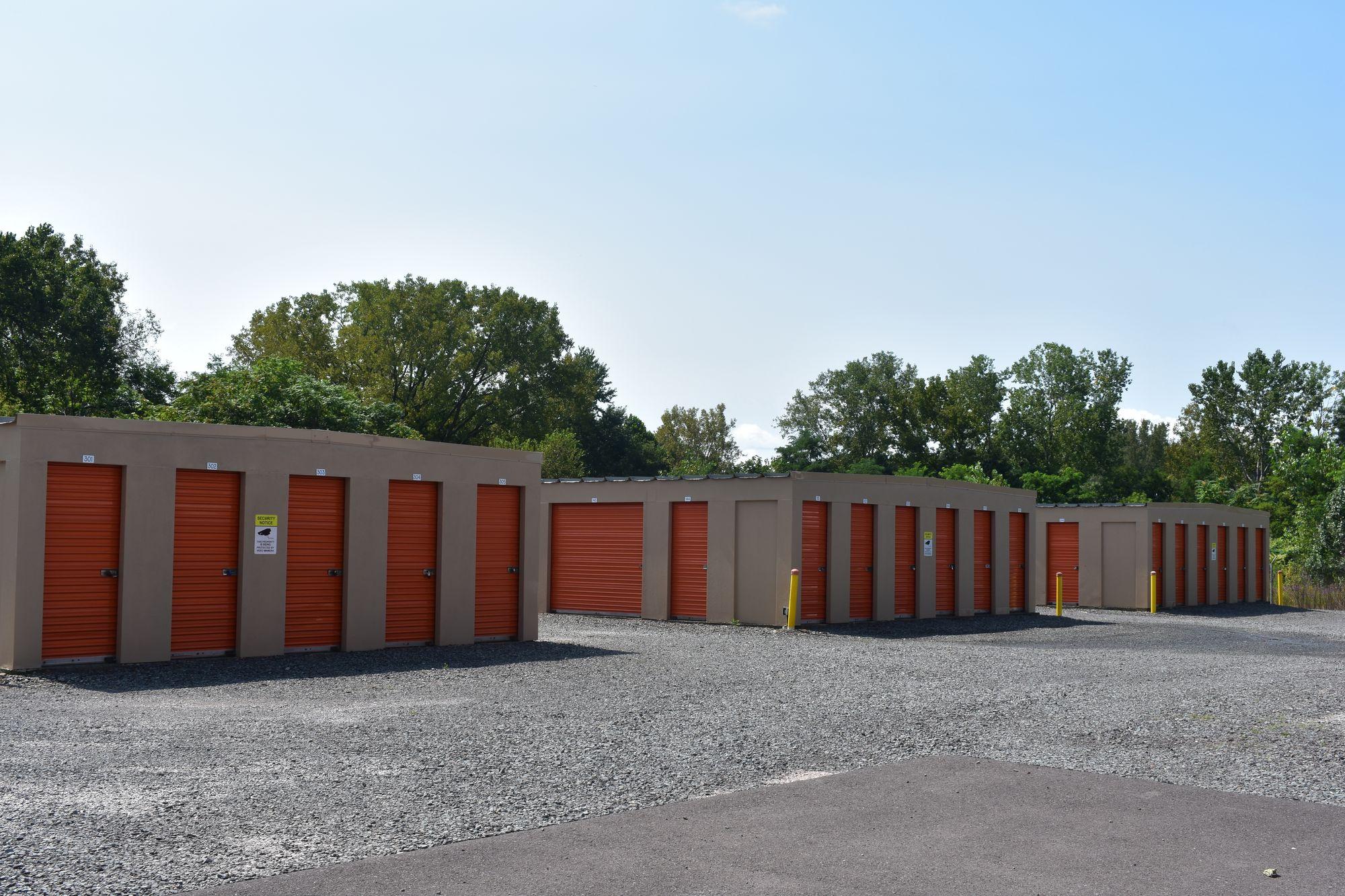 Storage Units in Edwardsville, PA
