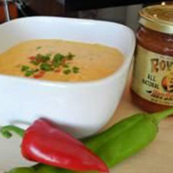 ROYITO'S HATCH CHILE CON QUESO