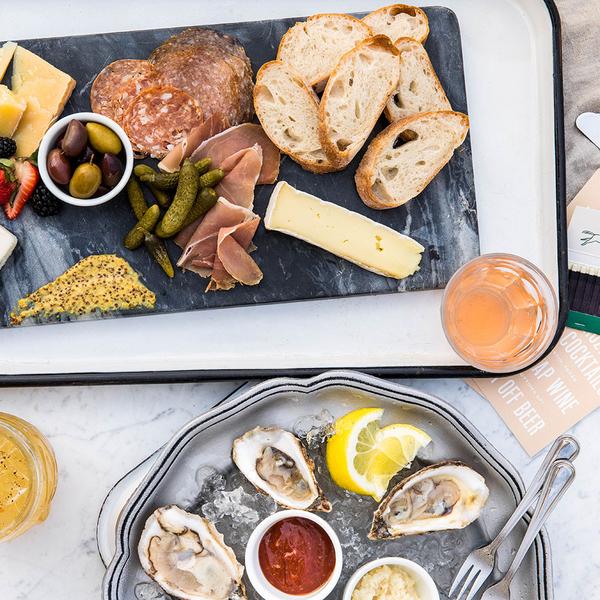 Hanks-Restaurant-and-Bar-9.jpg