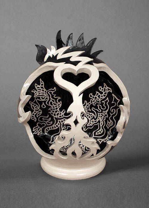 Abbey-Funk-heart-sculpture-web.jpg