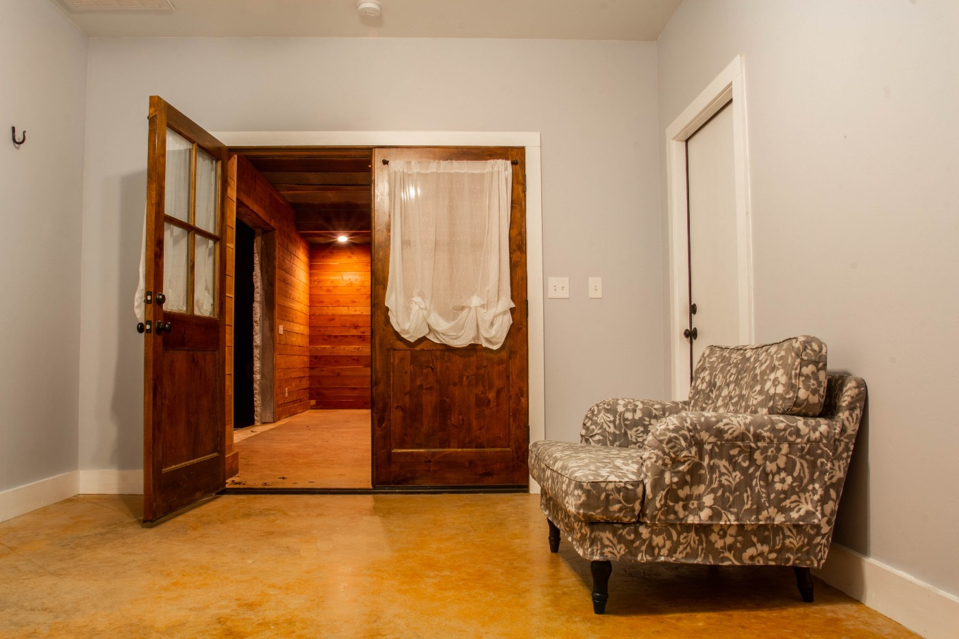 event center day2 l.jpg