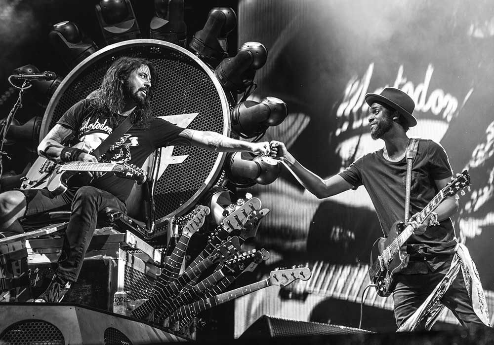 Foo-Fighters-and-Gary-Clark-Jr-by-Cambria-Harkey-02510.jpg