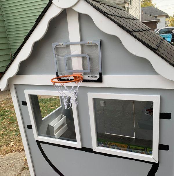 Habitat for Humanity Project Playhouse Blitz Build