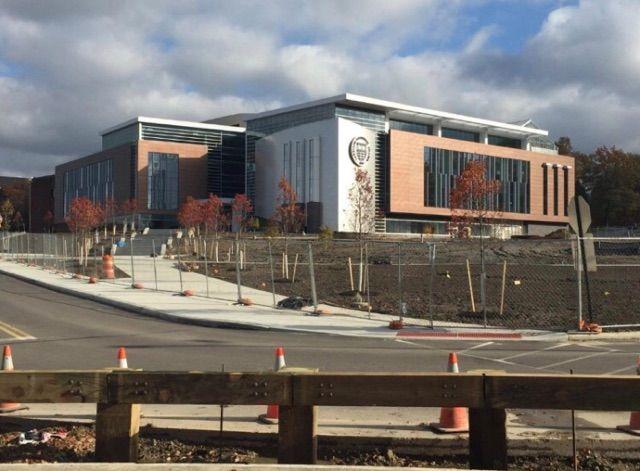 LAKELAND COMMUNITY COLLEGE HEALTH TECHNOLOGIES BUILDING