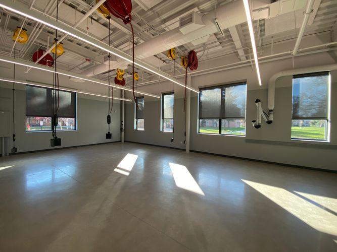 Knowlton Center advanced lab