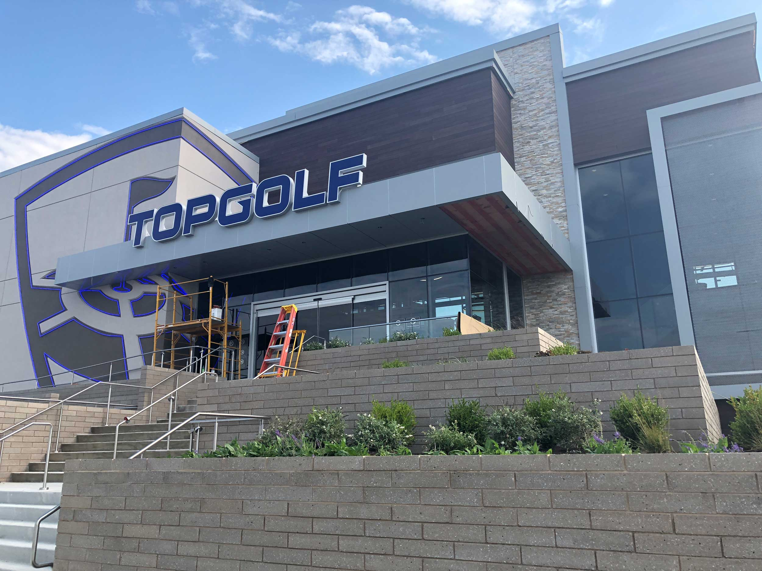 TOPGOLF POLARIS