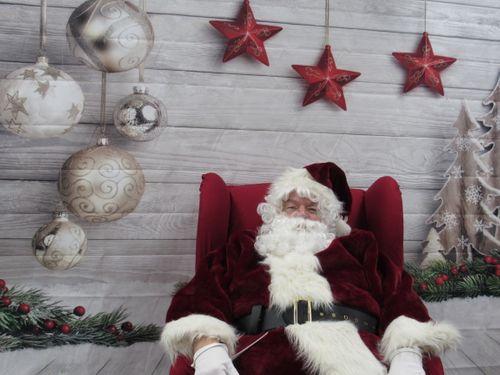pic of santa 2.jpg