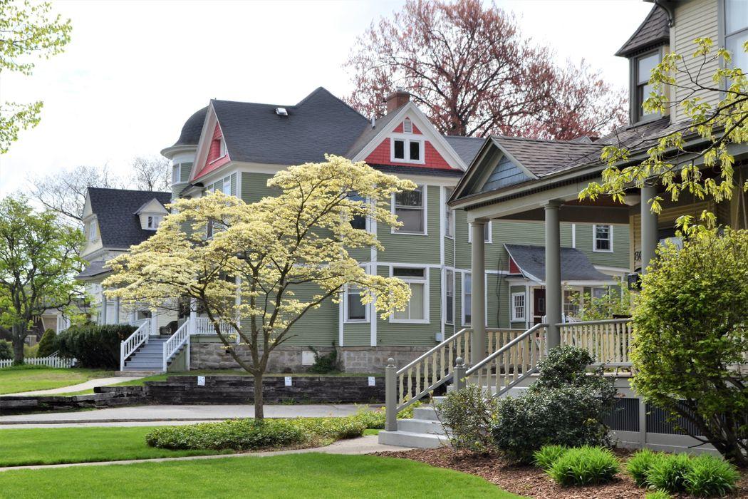 home-sweet-home-real-estate-exterior-design-mortga-2021-04-05-05-34-48-utc.jpg
