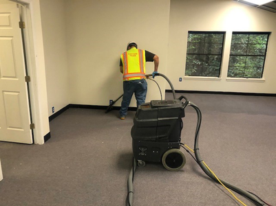 deodorize cleaning commercial building