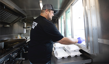 emergency food service covid-19