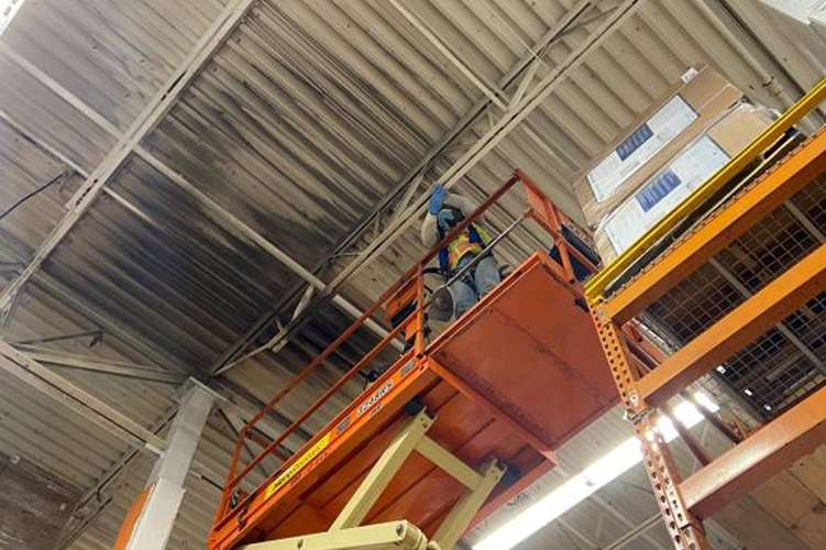 Cotton GDS commercial disaster solutions  team repairing fire damage in Nashville, TN