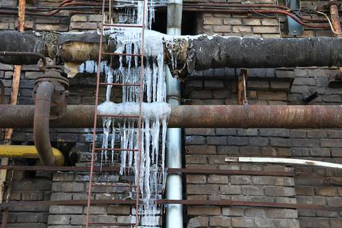 winter weather damage to pipe