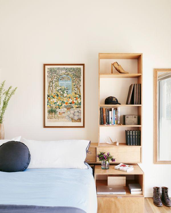 bedroom 137794sm.jpg