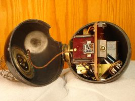 "MGM ""the bomb"" omni-directional microphone.jpg"