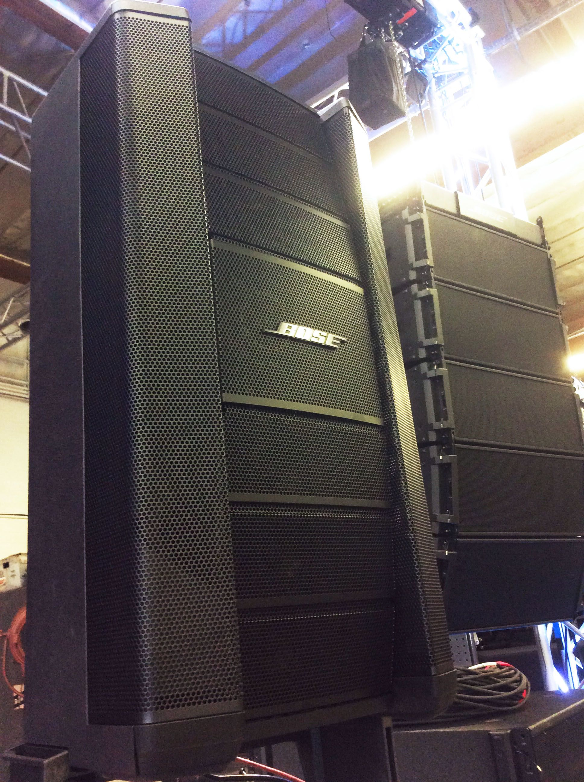 "The Bose F1 Flexible Line Array Loudspeaker System at Hollywood Sound Systems configured in ""C"" pattern."
