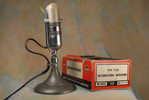 RCA 77-DX MI-4045-F poly-directional ribbon microphone with original box.JPG