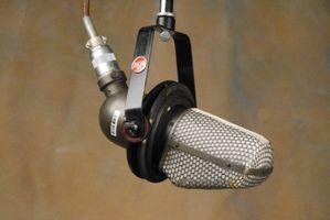 RCA KU-3A MI-10001 uni-directional ribbon microphone.JPG