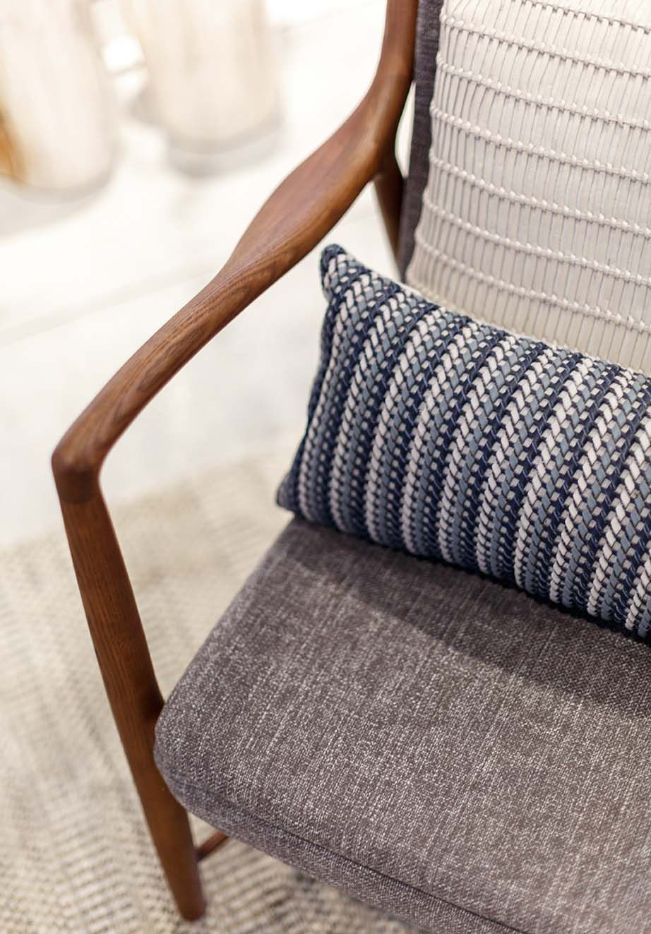 Modern Mid Century Modern Chair