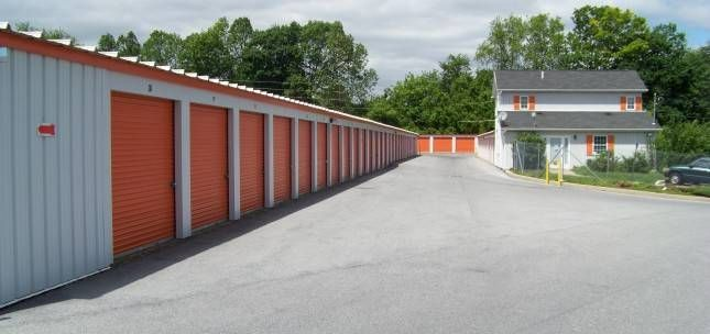 Whitehall, Pennsylvania Self Storage Units